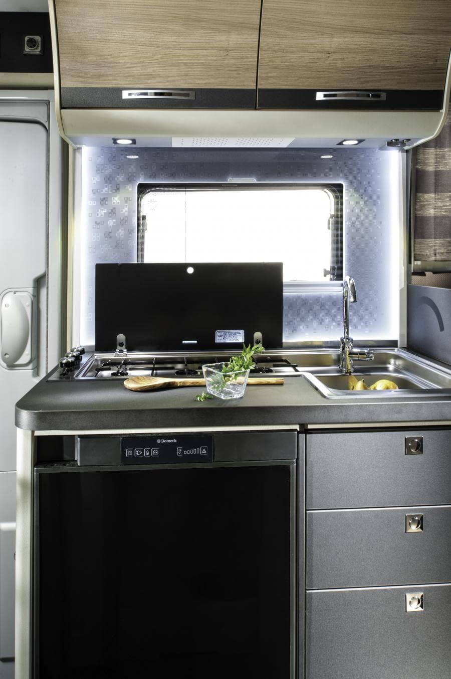 No 12. 5005 Compact Sl Kitchen Jmf 8695