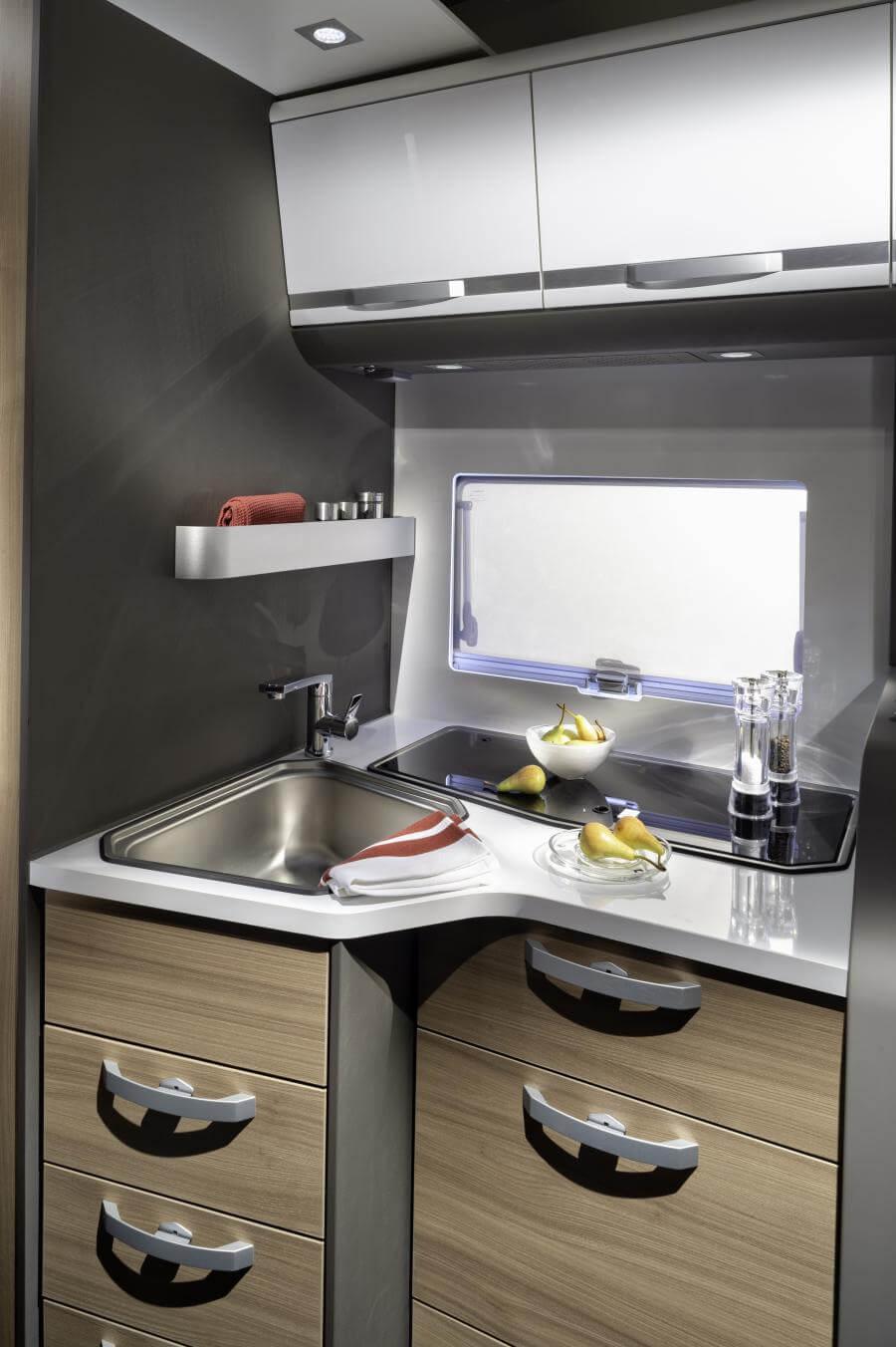 No. 12. 3122 Coral Plus S 670 Dl Kitchen Jm40877