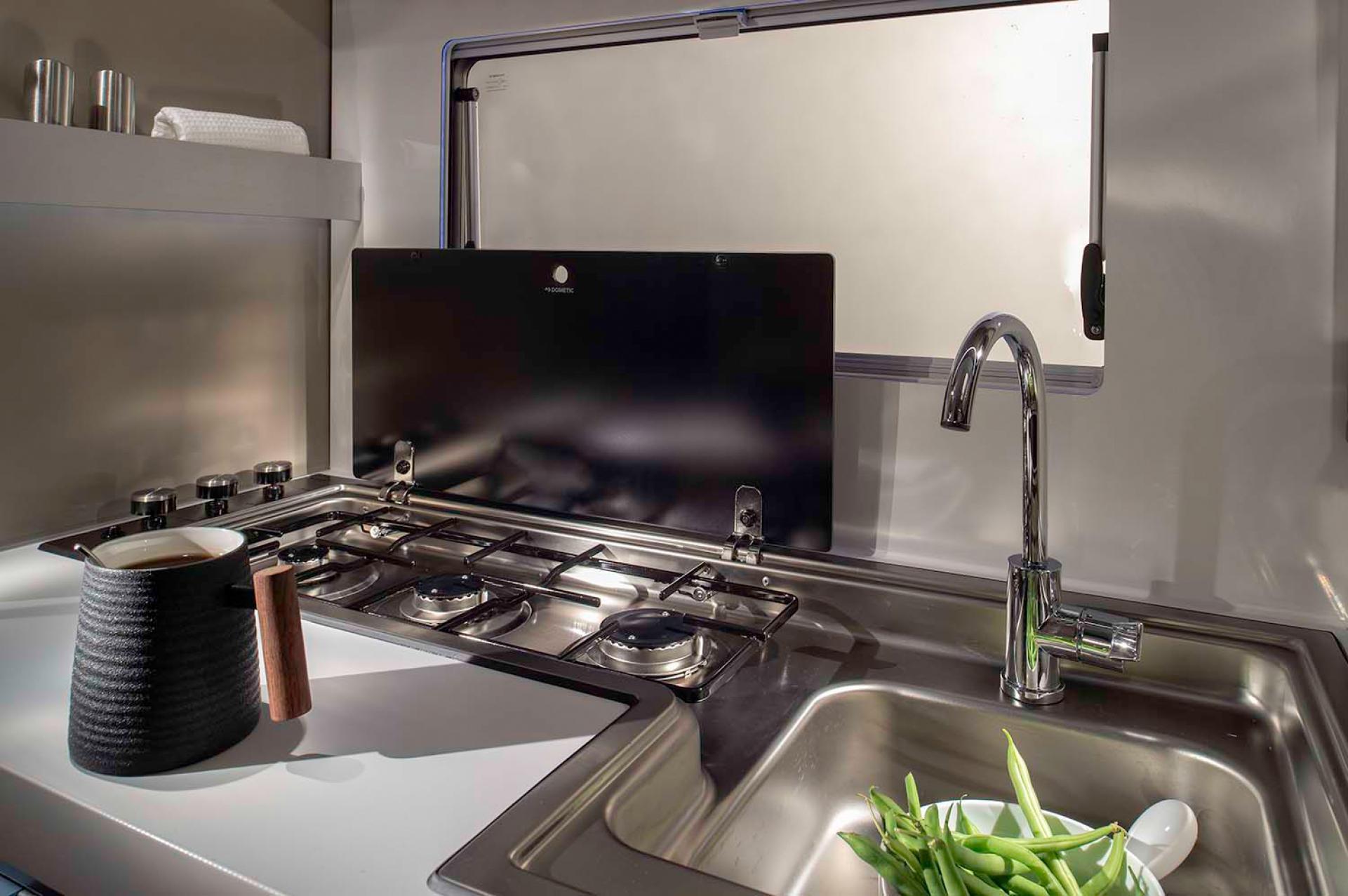 5012 Compact Plus Dl Kitchen Detail Jm45627